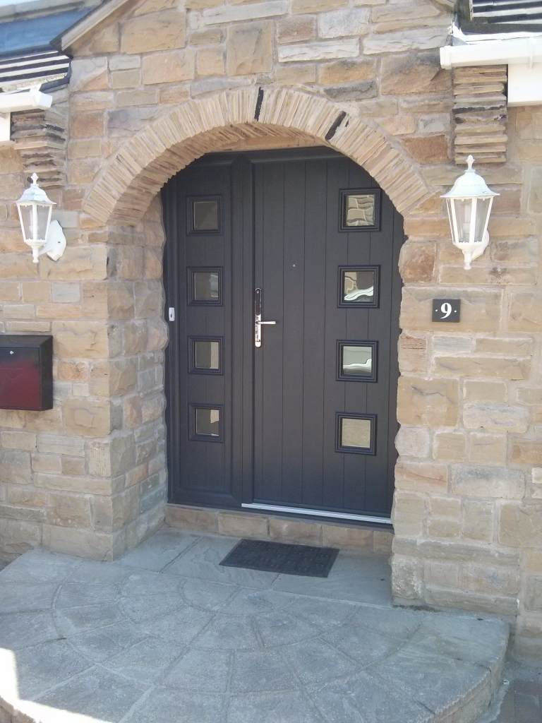 A different view of the same Anthracite Grey Milano composite door. This year, Grey seems to be gaining popularity much quicker than in previous years.