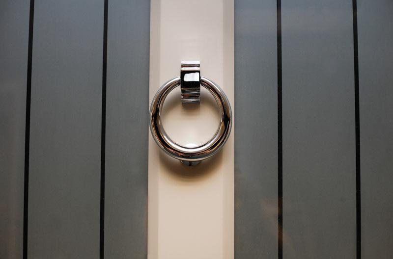 Ring door knocker